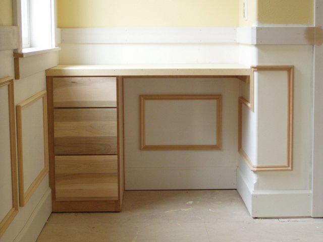 Built ins shelves and nooks chandler building company for Building a desk in a nook